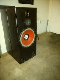 black and red subwoofer speaker Long Beach, 90805