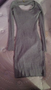 women's gray knitted long-sleeved bodycon dress