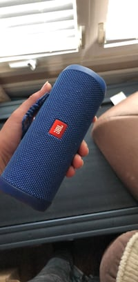 blue JBL portable bluetooth speaker Hamilton, L8V 3L4