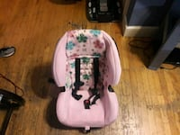 Chicco Child Car Seat w/Base  Saugus, 01906