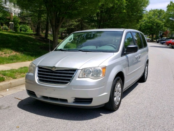 Chrysler - Town and Country - 2009 64bf4fd7-00a0-4ff8-ab4d-af0355e29cc7