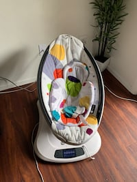 baby's white and black bouncer Oceanside, 92058