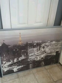 Eiffel Tower picture need gone Brantford, N3S 4W3