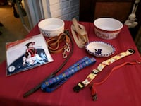 Dog collars and leashes 22 mi