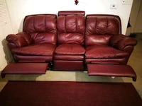 red leather 3-seat recliner sofa Quincy, 02169