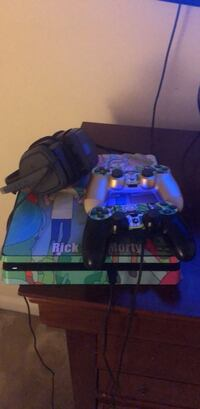 Ps4 (1TB), 2 controllers, 1 Headset, and Watch Dogs 2