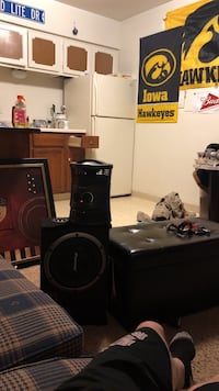 Heater, speaker, picture,and autumnin