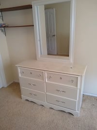 Dresser with attached Mirror & chest of drawers Albuquerque