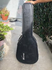 Hard shell ovation guitar case  Malibu, 90265