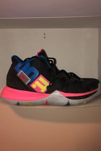 Kyrie 5s size 9.5
