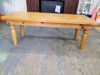 Solid pine table Kitchener, N2M 2E9