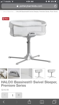 white and gray Graco pack n play Woodbridge, 22191