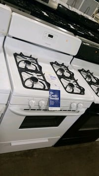 Frigidaire natural gas Stove 30inches,  Hauppauge