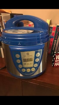 silver and blue pressure cooker Charlottesville, 22911