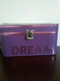 purple Dream makeup box null