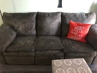 Sofa- recliner forest green Leon's  Toronto, M8Z 6A4