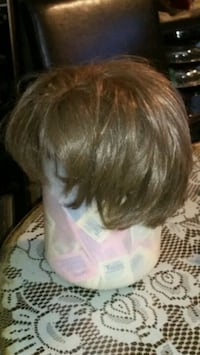 6 wig's $10 each or $50 for all.