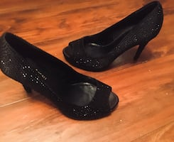 Le chateu 8 ladies bling black studded heel new