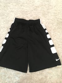 women's black and white Nike shorts Langley, V2Y 2R7