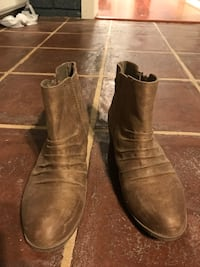 Brown ankle boots, size 8 1/2 Baton Rouge, 70816