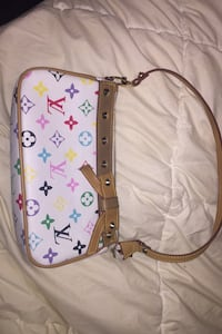 Women's Multi Coloured Louis Vuitton Designer Purse  Coquitlam, V3C 3M9