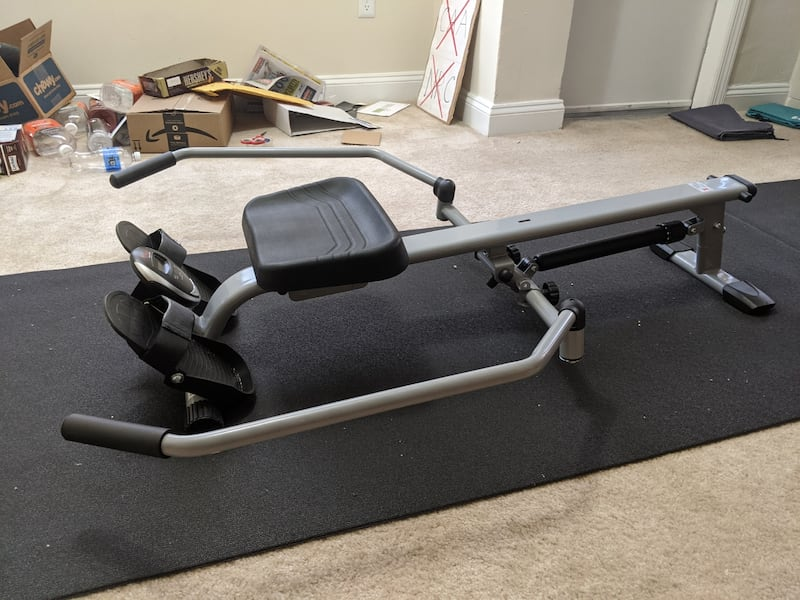 Full motion rowing machine with 350 lbs capacity and LCD monitor 1cb09f82-1738-47c5-8485-e18f0a6ec494