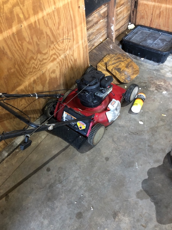 Good toro bilt lawn mower  252a565e-778c-40de-a231-cda082935be7