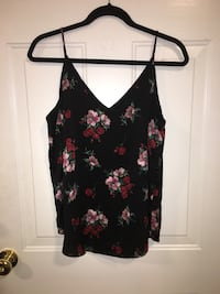 Express flowy tops size large Leesburg, 20176
