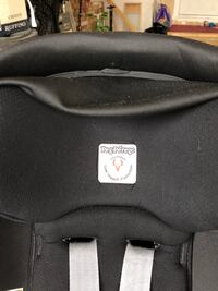 PEG-PÉREGO 2017 CAR SEAT/BASE AND ADAPTER Mississauga, L5A 3W1