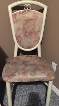 kitchen/dinning room chairs total 6 at $20.00 each