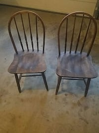 two brown wooden windsor chairs Purcellville, 20132