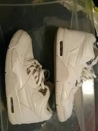 pair of white Nike Air Max 90 shoes St. Catharines, L2P 3X9