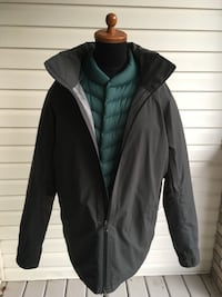 Lululemon 3-1 Field Jacket Onyx Grey.