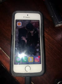 silver iPhone 5s and black case Columbus, 43217