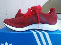 New adidas tennis shoes for men. Size 8 Riverside, 92509