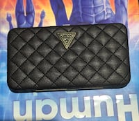 GUESS hand purse - black color  Woodstock, N4S 4H4