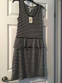 Black and white stripe sleeveless dress Windsor, N9J 3L1