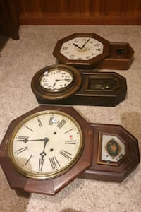 Antique Clocks (ATTENTION COLLECTOR'S)