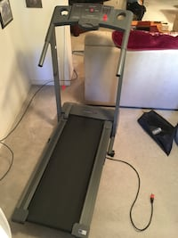 Weslo Cadence DS11 treadmill Frederick, 21702