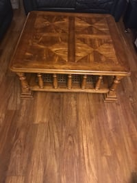 SOLID WOOD VINTAGE/ANTIQUE COFFEE TABLE Langley, V1M 2G6