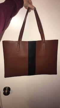 Vince Camuto Luck Tote 1213 mi