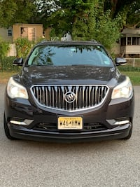 2015 Buick Enclave Leather SUV - 7 People