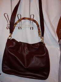 Soft brown leather Gucci purse