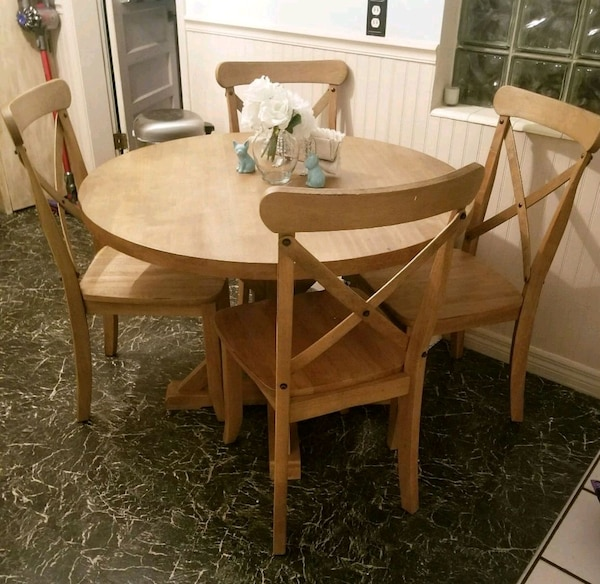 Used Farmhouse Table and Chairs for sale in Sarasota - letgo