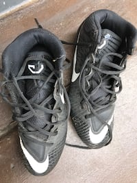 Pair of black nike football cleats Murrieta, 92562