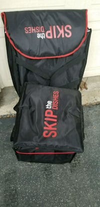black and red Supreme backpack 554 km