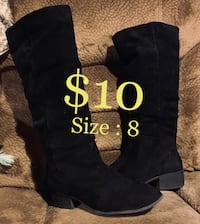 Black womans boots - cowboy flats - suede material - woman's size 8 Tacoma, 98408