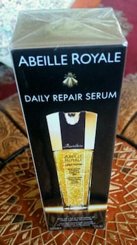 GUERLAIN Abeille Royale Daily Repair Serum 30ml.  Mount Royal