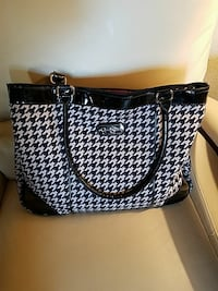women's white and black houndstooth shoulder bag San Antonio, 78254