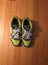 Nike shoes. In good condition 8.5 Roanoke, 24015